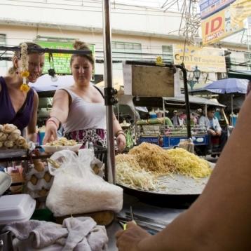 В Бангкоке хотят запретить уличную еду